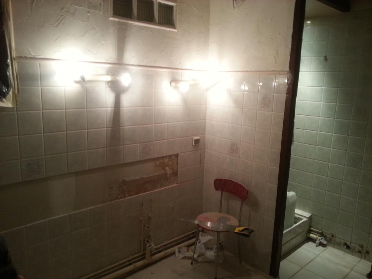 Odeur 201 gout salle de 28 images suite de seize for Odeur dans la salle de bain